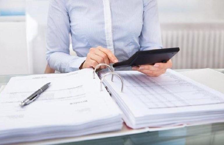 Как оформить бухгалтерскую проводку при перечислении средств поставщикам